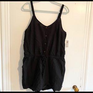 Old Navy black romper (shorts) - new!